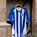 Deportivo Alavés 2018-19 season home and away jersey