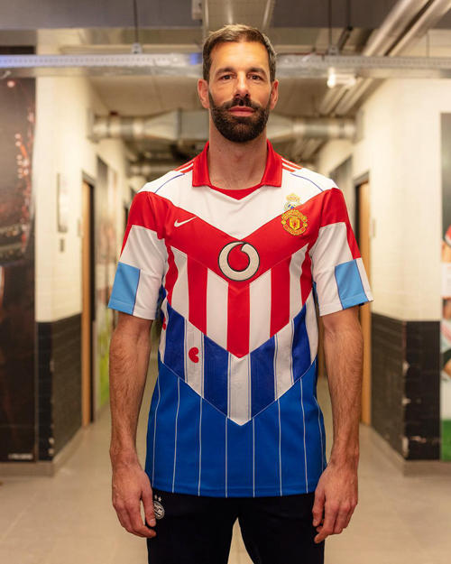 Blood in Blood out launches custom jerseys for Van Nistelrooy and Heitinga