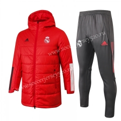 2020-2021 Real Madrid Red Cotton Coats Uniform With Hat-815